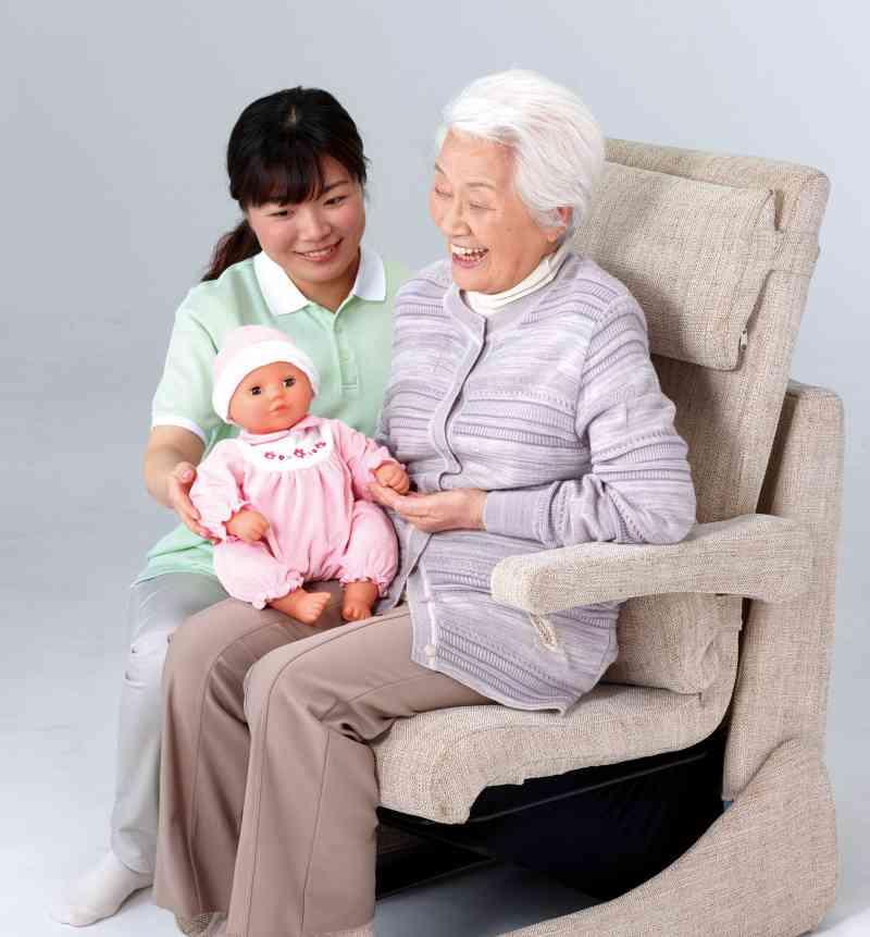 赤ちゃん型コミュニケーションロボット「泣き笑いたあたん」の画像
